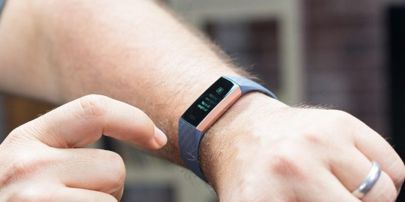 Fitbit Charge 3: The $150 swim-friendly fitness tracker...