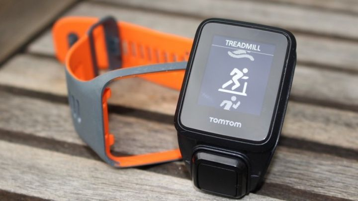 The best waterproof fitness trackers for swimming in the pool