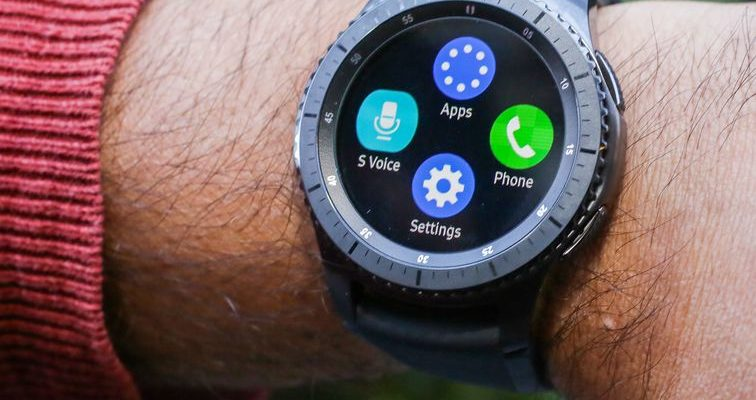 The Samsung Gear S3 smartwatch hits an all-time low: $1...