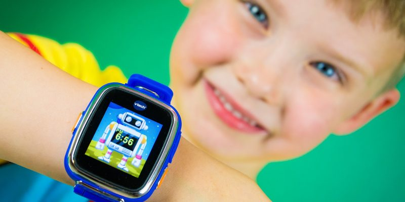 VTech Kidizoom Smart Watch DX Review by Kinder Playtime