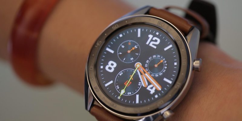 Huawei Watch GT bulks up on battery life, loses Wear OS...